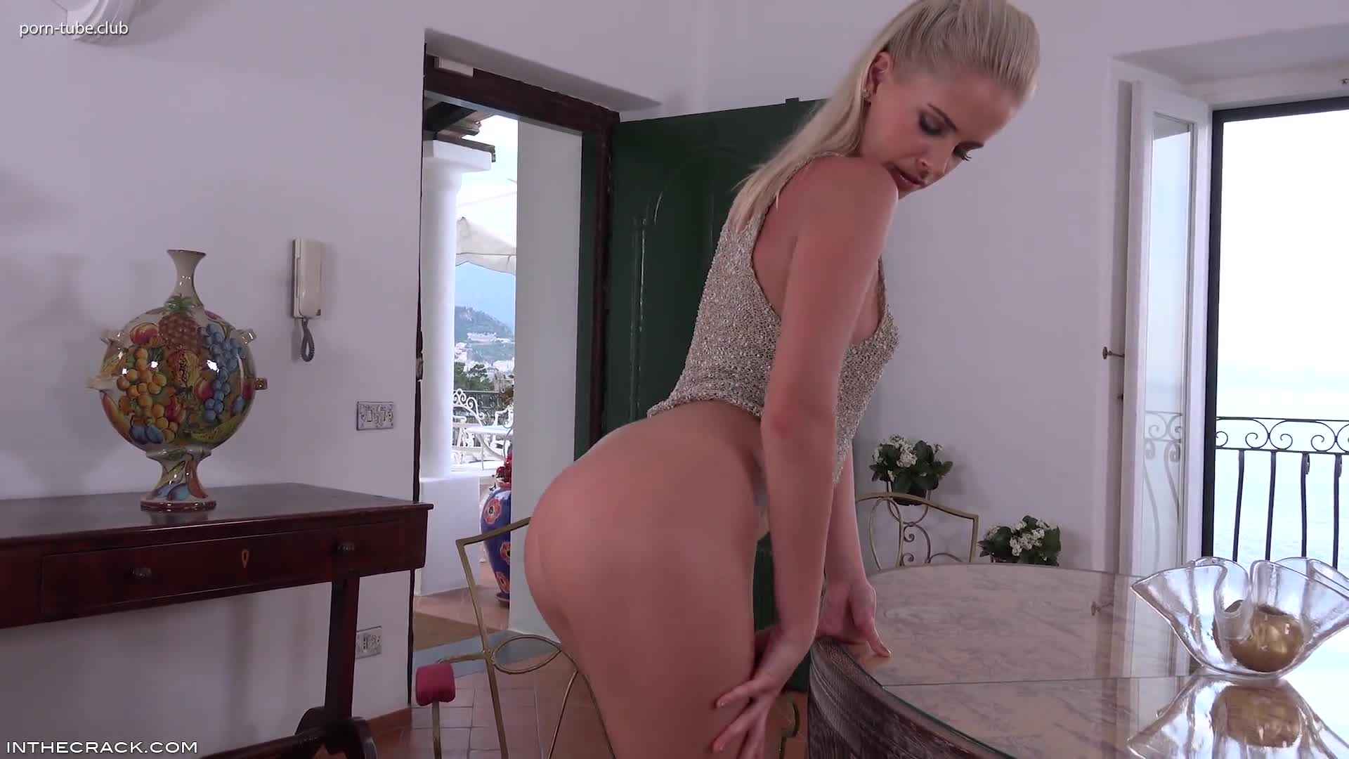 InTheCrack E1178 Tracy Gold