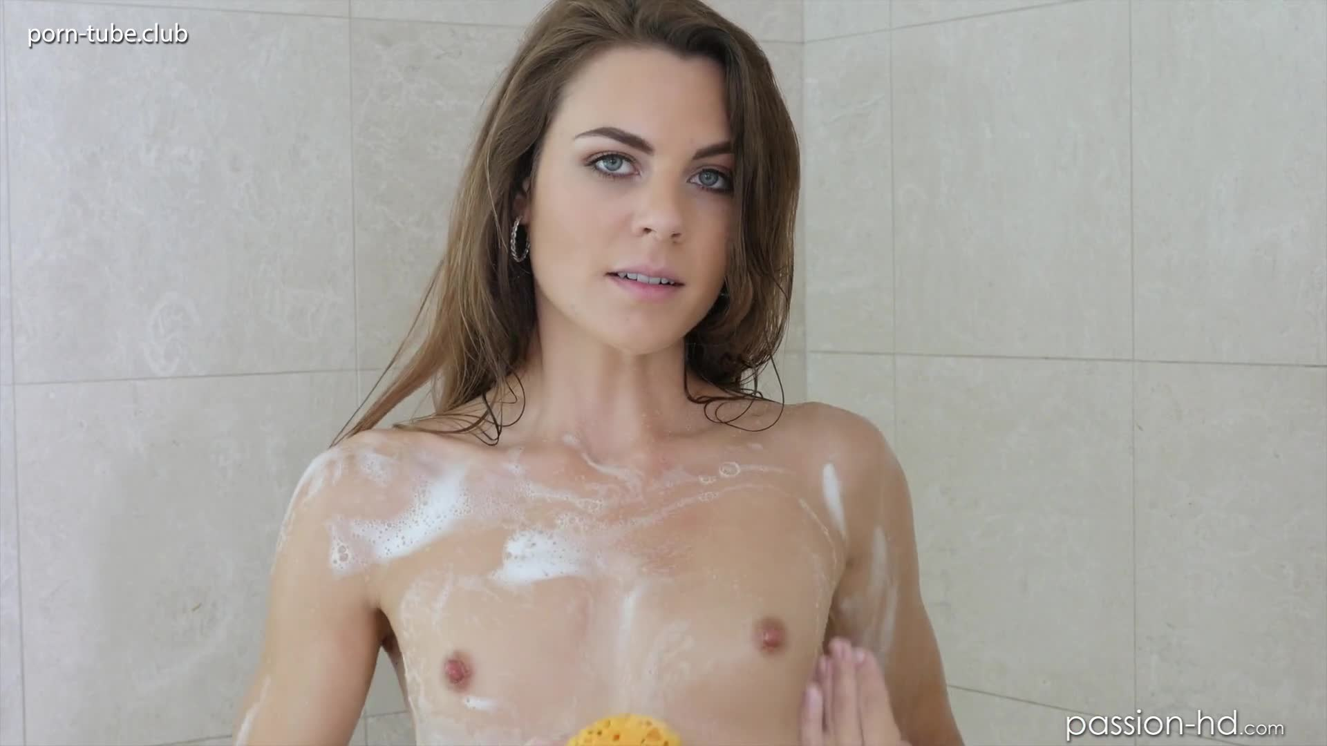 Passion-HD 16.11.02 Ally Tate Shower Show Off