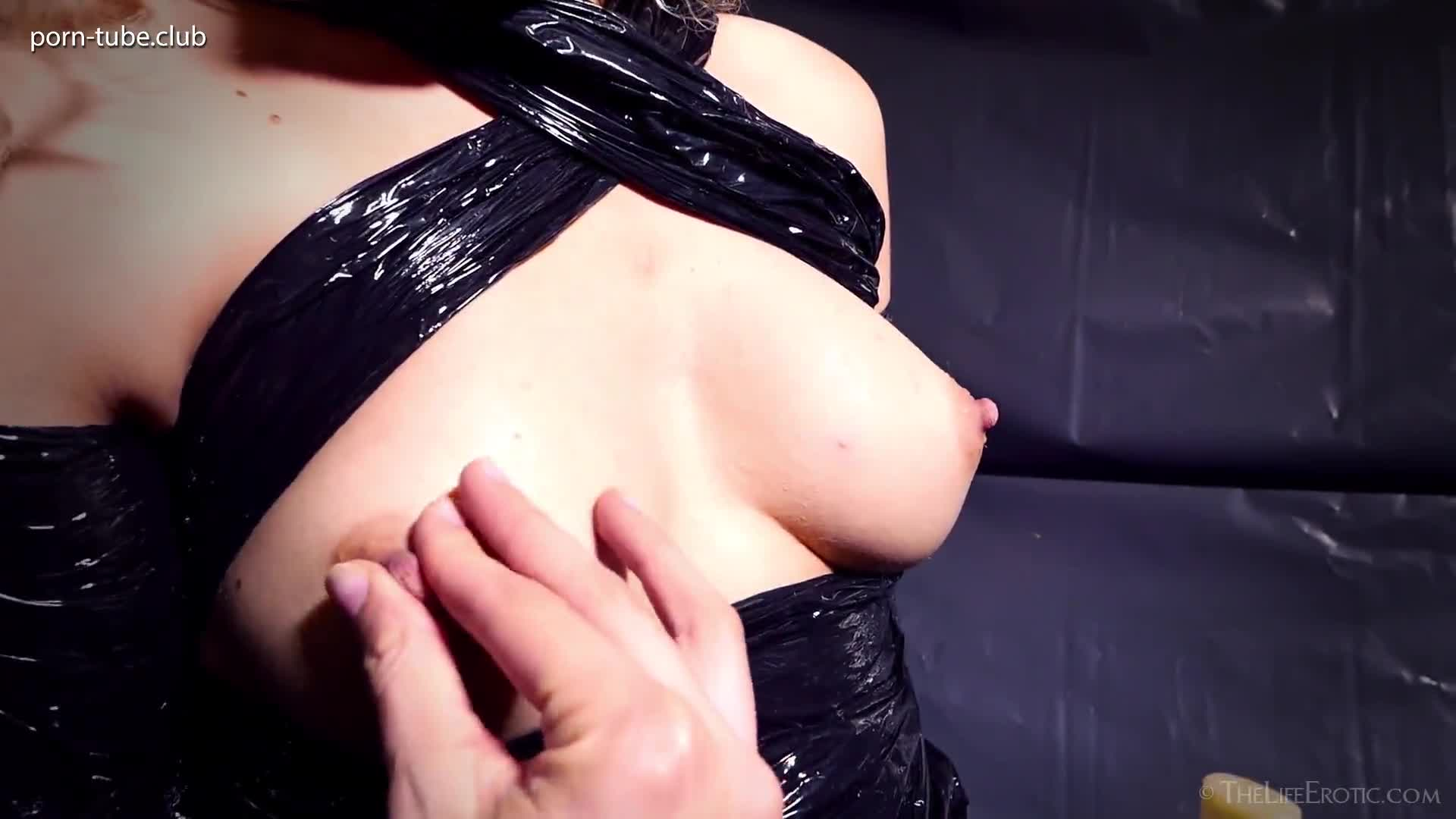 TheLifeErotic 17.12.29 Lucia Black And Wet