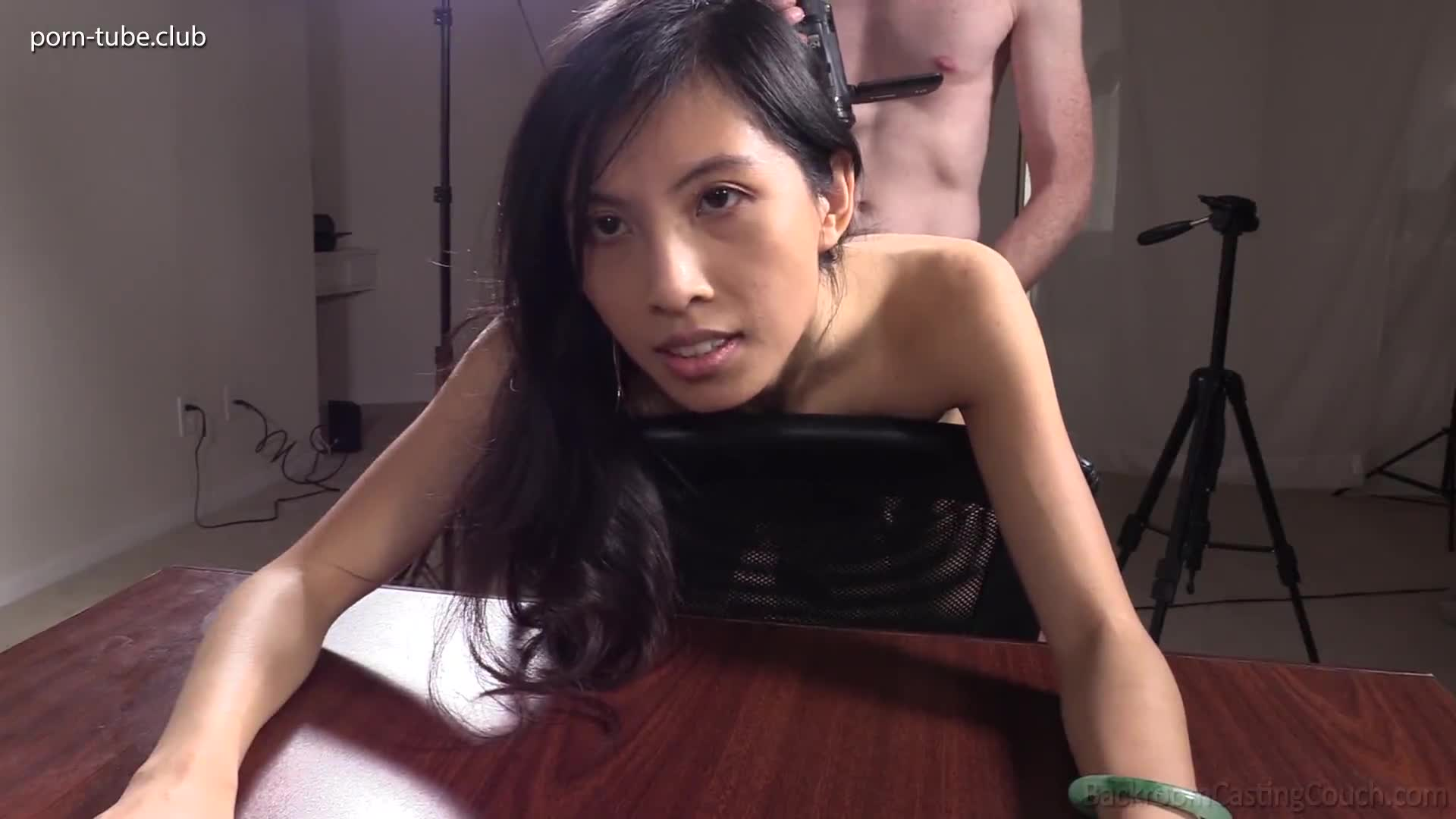 BackroomCastingCouch 20.11.16 Asian Anal Yumi 25 Years Old