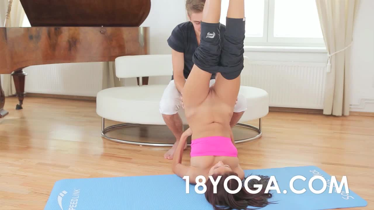 18Yoga - Paula Shy Anal Ass Fucked By BF